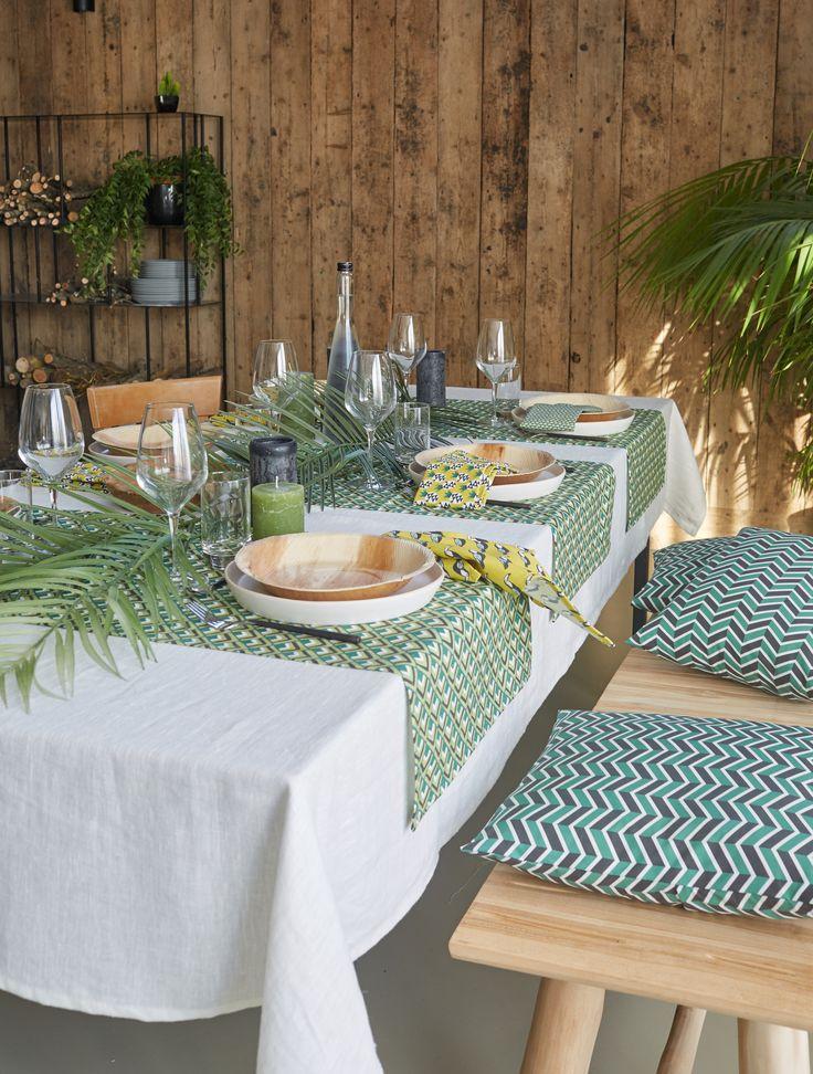 17 meilleures id es propos de salles de couture sur - Nappe pour table exterieur ...
