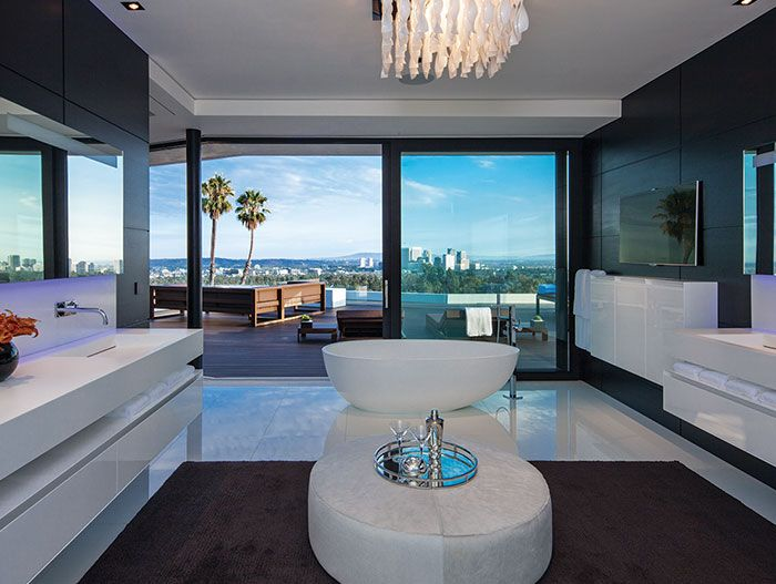 Laurel Way Residence in Beverly Hills: Luxurious bathroom with impressive view