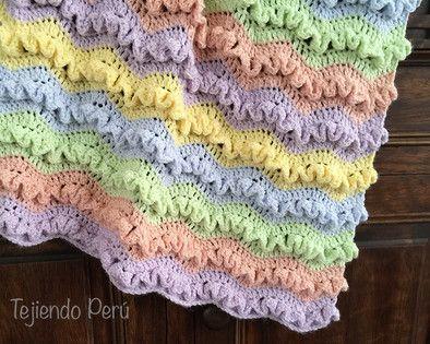 Tutorial: manta o cobija en zigzag con ondas en wiggle crochet en varios tamaños (desde cuna de recién nacido hasta King size! English subtitles video: zigzag wiggle crochet blanket (or afghan!): http://youtu.be/qdVSz6yretM