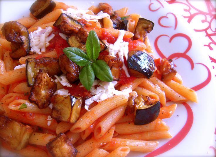 Pasta alla Norma, piatto tipico siciliano! Un primo piatto delizioso e estivo!