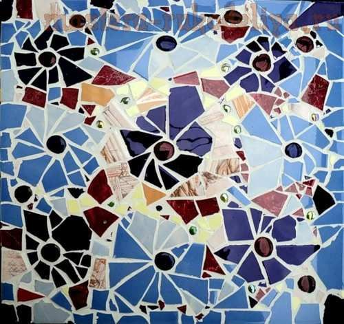 этого мастер-класса вы узнаеткак своими руками можно декорировать столешницу в мозаичной технике. Автор: Полех Наталья Магазин автора Нам понадобятся:   столик; кусочки битого кафеля; клей МОМЕНТ…