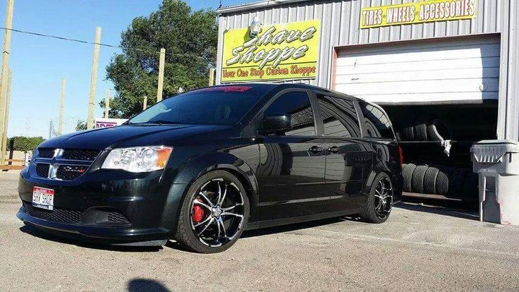 dodge grand caravan sxt aftermarket parts lowered 20inrims rims blacked out