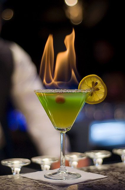 Roof estamos arriba - C/ Trajano 15 #Sevilla #Seville #coctails...for the adults