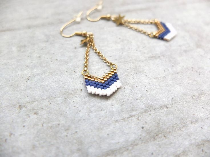 Boucles chevrons dorées via My-French-Touch. Click on the image to see more!