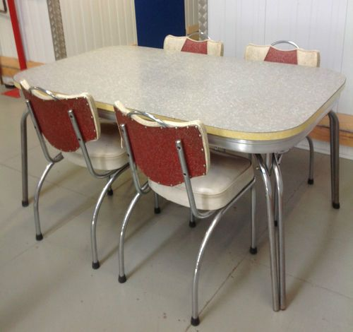 Retro vintage 1950 39 s laminate kitchen table 4 chairs for 60s kitchen set