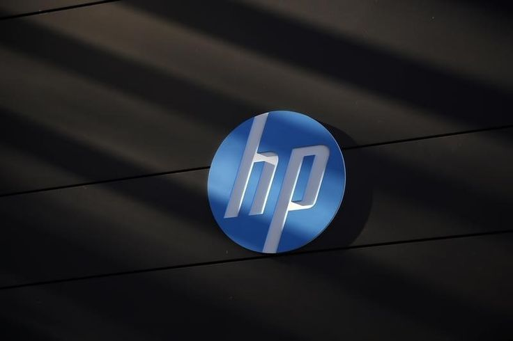 A Hewlett-Packard logo is seen at the company's Executive Briefing Center in Palo Alto - REUTERS/Stephen Lam