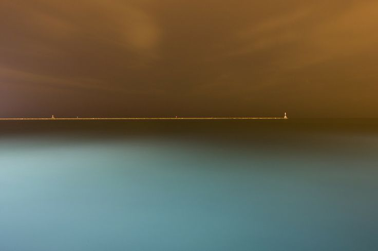 Incredible photo by Luke Hayes out of Chicago.  I don't know why, but I am always drawn to these minimalist horizons.  Maybe it's the Rothko in me.