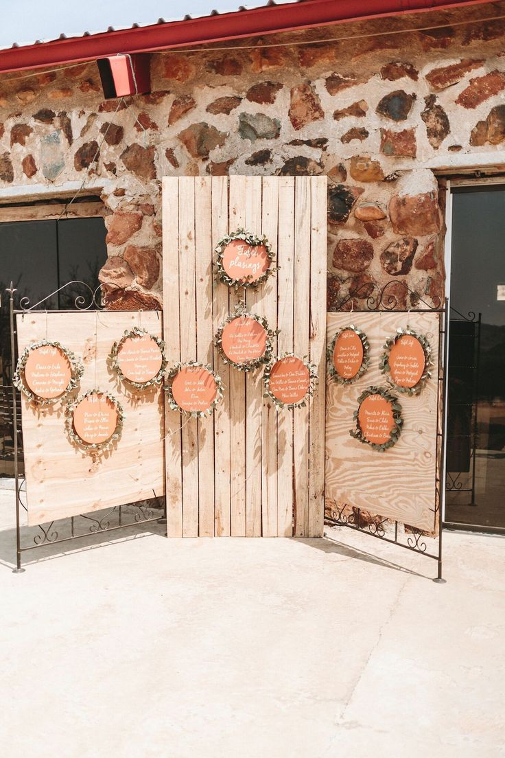 Rustic Rose Gold Wedding by Aline Photography | SouthBound Bride