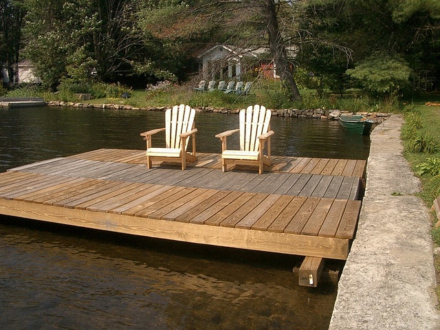 floating dock, this but with an built on roof for eating and what not! :)