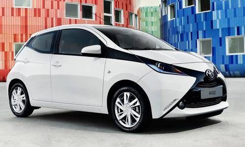 """#Toyota #Aygo5puertas. Diseño vibrante y fresco con un imponente frontal con forma de """"x""""."""