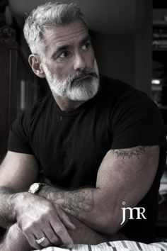 40 Grey Beard Styles to Look Devastatingly Handsome0041 Mens HairstylesMore Pins Like This At FOSTERGINGER @ Pinterest