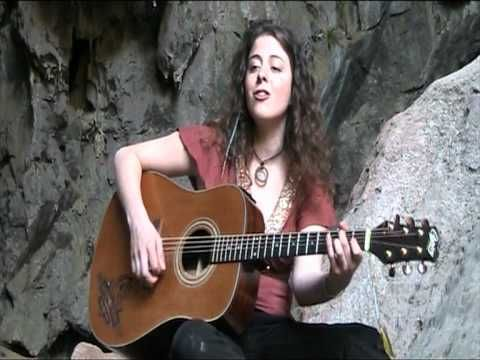 Jenolan Caves sounds in Espanol