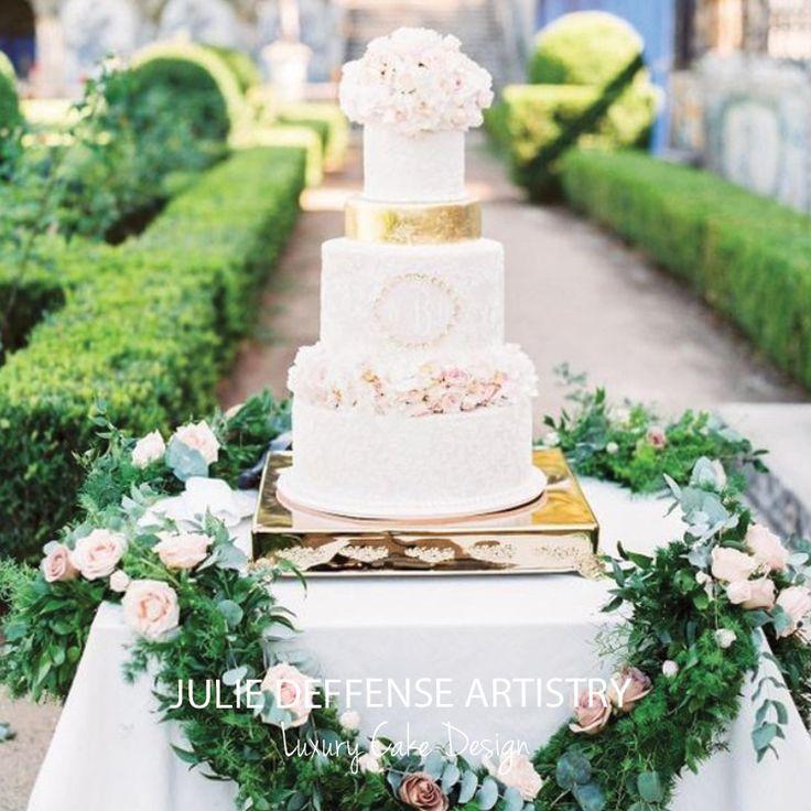 Luxury wedding cake by Julie Deffense of Julie Deffense Artistry. Sarasota, FL, Cascais, Portugal, Worldwide.  Cake: Julie Deffense Photo: Love is My Favourite Color Location: Marques da Fronteira, Lisbon, Portugal