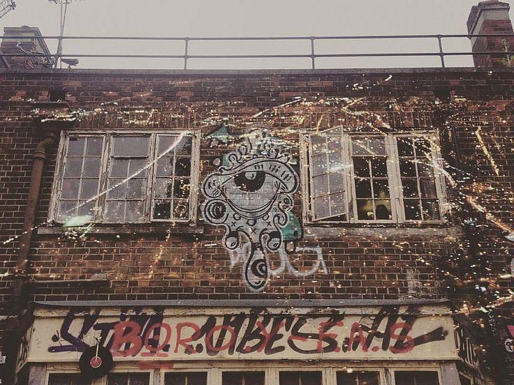 https://flic.kr/p/AW9DYH | Cityscene meets building | double exposure #doubleexposure #multiexposure #multipleexposure #graffiti #cityscene #building #windows #london #UK #nightscene #nightmeetsday #dxe #dxp #D_Expo #twocitieslondon #craighullphoto #doubleexposeeurope