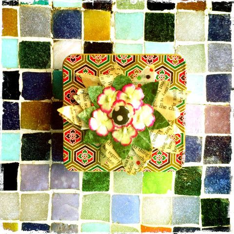 paper petal tin