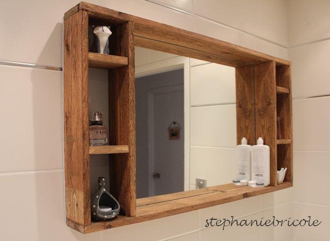 Diy Deco Recup Un Miroir Avec Rangement En Palette Pour La Salle De Bain Diy Meuble Salle De Bain Rangement En Palette Salle De Bains Palette