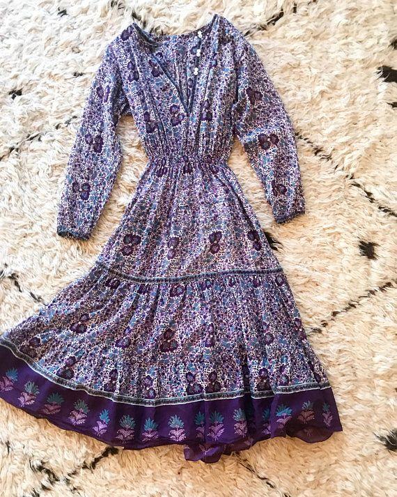 dc5f793e6 1970s indian cotton gauze long sleeve block print dress.