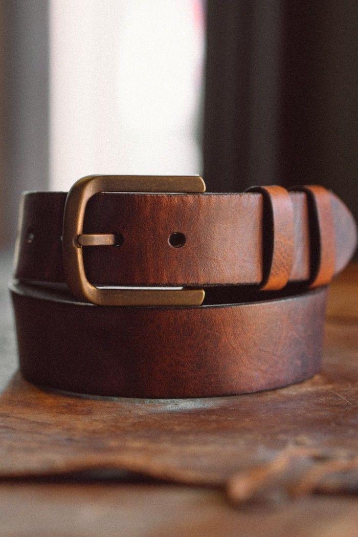 Cadeau pour l anniversaire d homme ami anniversaire idee quel cadeau choisir  une ceinture cuir e303cc80804