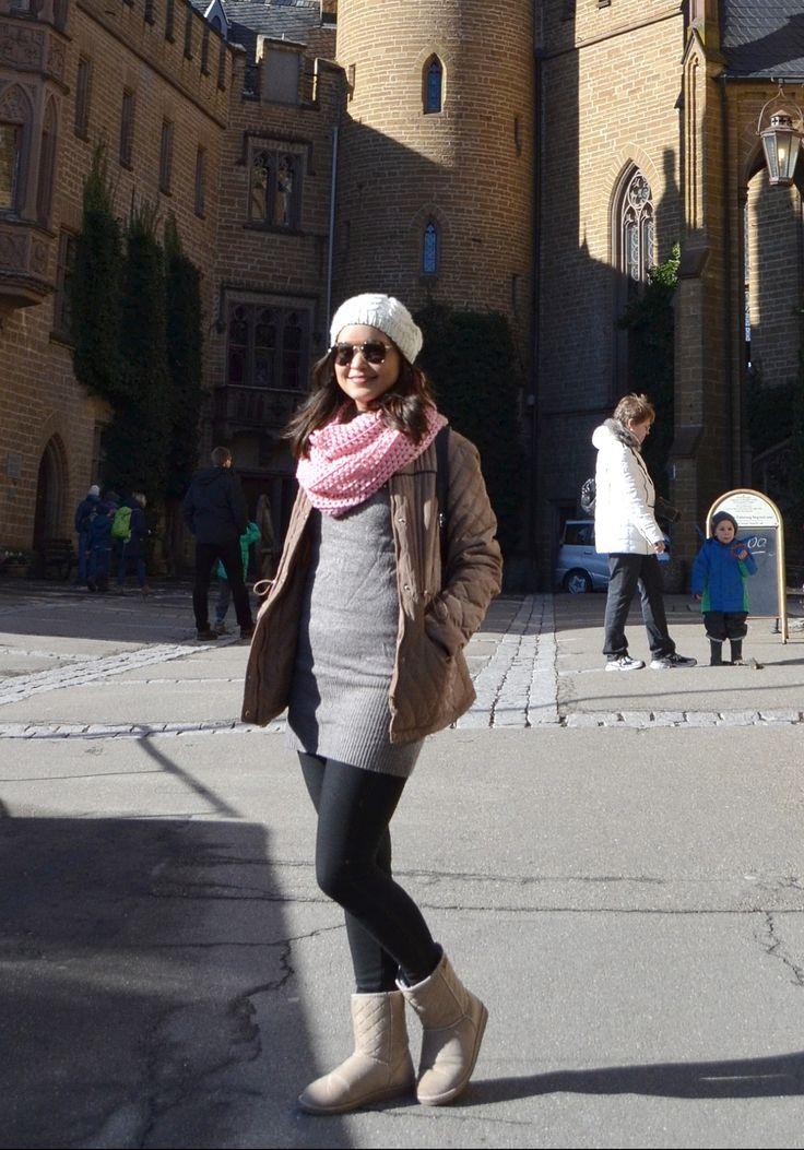 2016. Casaco Primark. Vestido, cachecol e botas Forever.
