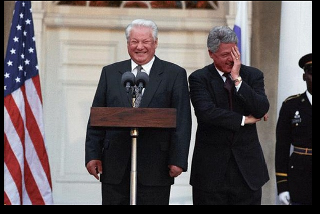 President William Clinton and President Boris Nikolayevich Yeltsin at Springwood, the Home of Franklin Delano Roosevelt in Hyde Park, New York , 10/23/1995.