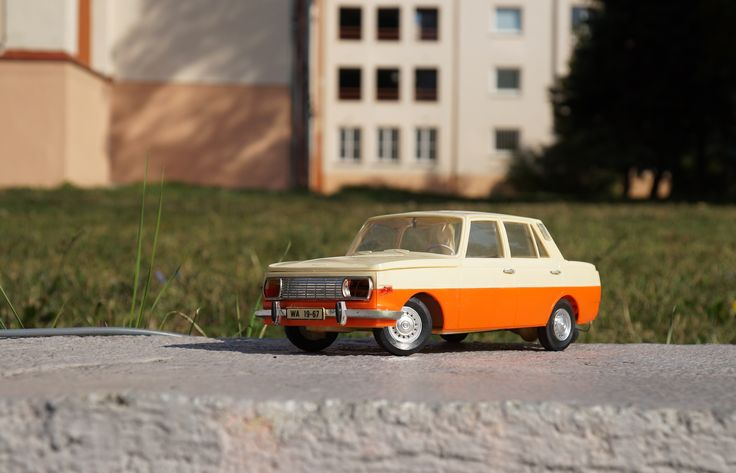 #wartburg #cssr #old #vintage #toy #toys #market #WARTBURG #353 #PIKO #SPIELWAREN #germany #bowden