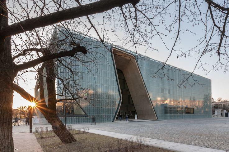 POLIN Museum in Warsaw by Daniel Ciesielski on 500px