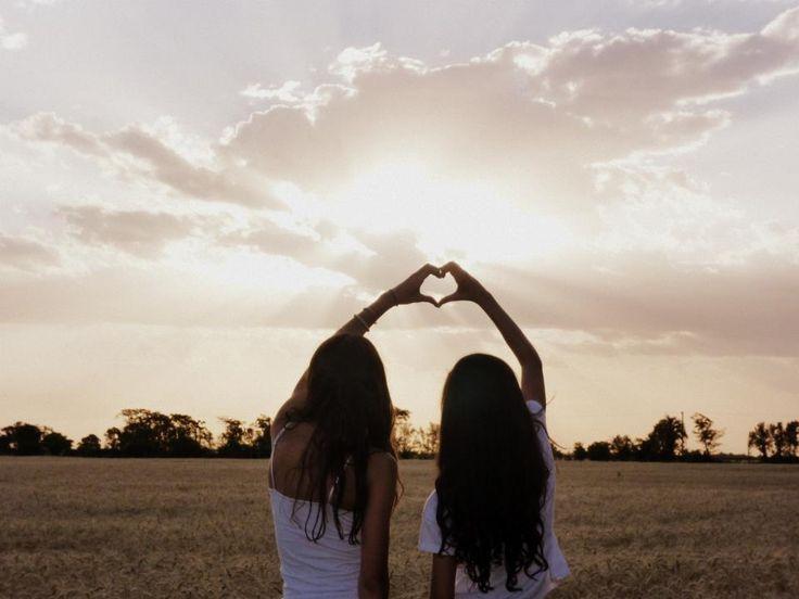 Why High School Friends Make The Best Friends – Franziska Schmidt