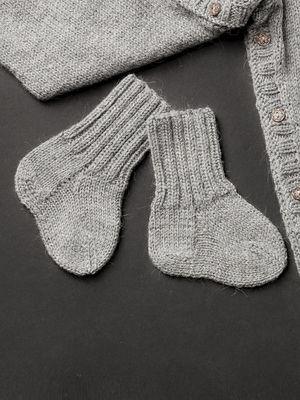 Neulotut vauvan villasukat Novita Nalle | Novita knits
