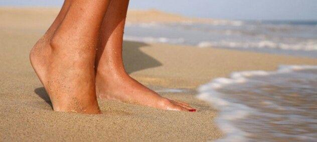 Zon, Zee en Strand! #wil je minder eelt aan je voeten? Een paar dagen strand kan wonderen doen!