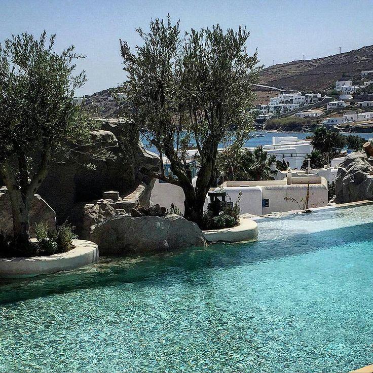 A new hotel just opened in Ornos! Amazing design...and atmophere! Thank you @idiscover_gr! -----------------------------------------------#Mykonos #KenshoMykonos #newhotel #zen #myfavhotels #relax #bestintravel #Mykonosmagazine #relax #idiscover_gr #travel https://www.instagram.com/kenshomykonos/
