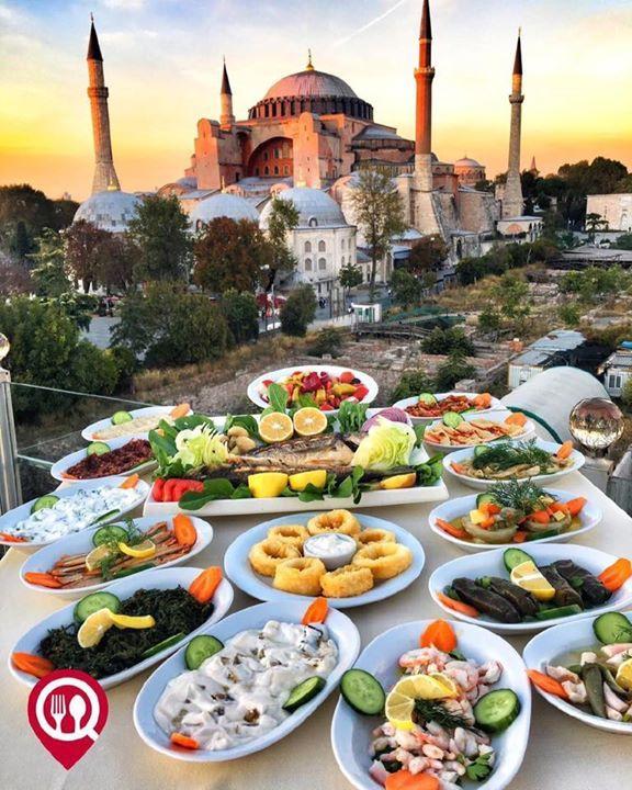 """Çupra & Kalamar & Meze Çeşitleri - Seven Hills #Restaurant / #İstanbul ( #Sultanahmet ) Çalışma Saatleri 12:00-02:00  0 216 347 8596  47 TL / #Çupra  37 TL / #Kalamar  18 TL / 25 TL #Meze Çeşitleri  Alkollü Mekan  Paket Servis Yok  Sodexo Multinet Ticket Yok  Açık Alan Var  Otopark Vale Parking Var DAHA FAZLASI İÇİN YOUTUBE """"YEMEK NEREDE YENiR"""" TAKİP"""