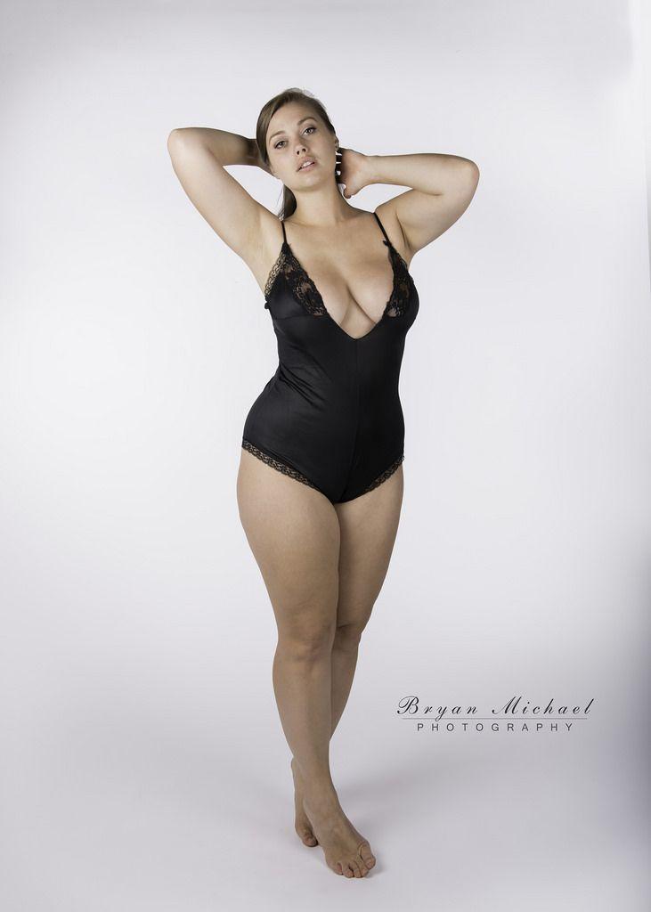 Lillias Right   Celebrity   Fashion, Jada sezer, Beautiful ...