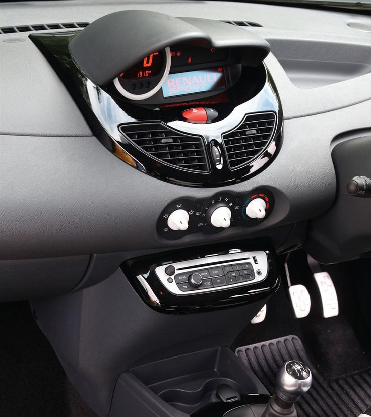 Inside the Twingo Renaultsport 133  #cars #Renault