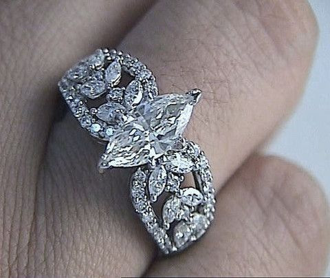 2.10ct MARQUISE DIAMOND ENGAGEMENT RING 18KT WHITE JEWELFORME BLUE