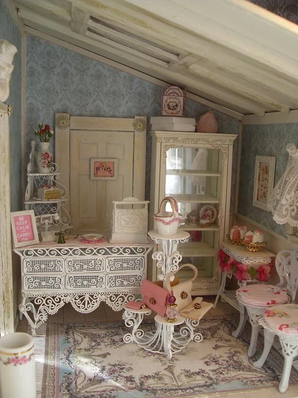 42 Best Dollhouse Interiors Images On Pinterest
