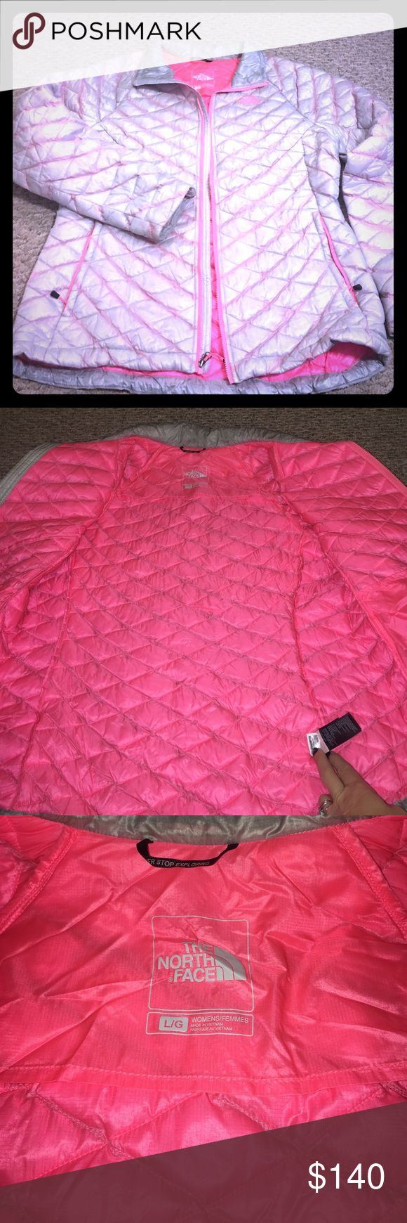 """The North Face thermoball ladies jacket Awesome light weight but super warm North Face jacket. Sliver and HOT pink. Only wore a couple times did not like the fit on me. I am 134 lbs 5'5"""" and have a booty. Felt like it was tight in the rear so went a few sizes larger usually wear a size small. The arms then felt baggy. Spent $200 at sports authority and has been sitting in my closet ever since. I'm hoping to find it a good home where someone will get some use out of it. It's a thin jacket the…"""