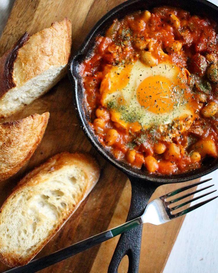 """1,487 Likes, 52 Comments - ぐっち (@gucci.tckb) on Instagram: """"おはようございます。 . 娘は妻が作る具だくさんスープが大好き。 娘がもっと小さかった時は妻が作ったスープぐらいしかまともに野菜を食べなかったなぁ。 . 今は色々食べれる野菜も増えてお父さん一安心。…"""""""