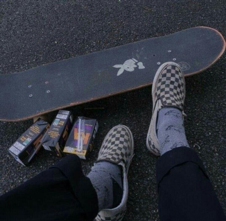 sᴛᴜɴɴɪɴɢᴠᴇɴᴜs Skate style, Black aesthetic, Skater boys