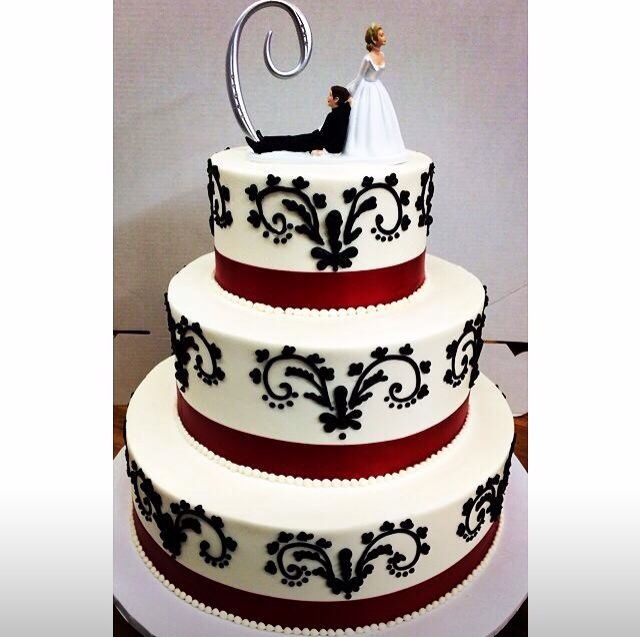 17 Best 1000 images about Wedding Cakes on Pinterest Fondant wedding