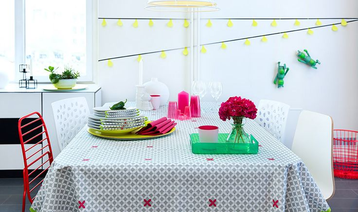 Neon colors - fresh and fun for spring table settings.  Tablecover in Dunicel - elegant and practical