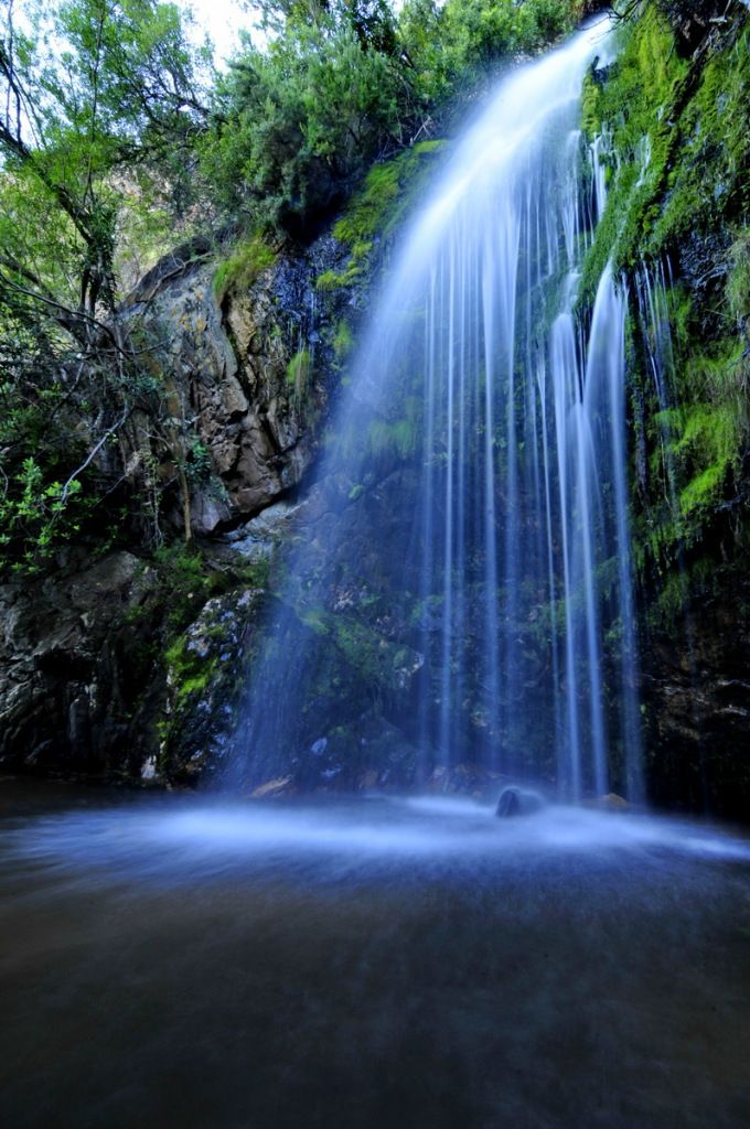 One of the largest natural pools in South Africa is located in De Hel, Poterville. Read more http://www.africancleanenergy.com/up-in-the-air-porterville/