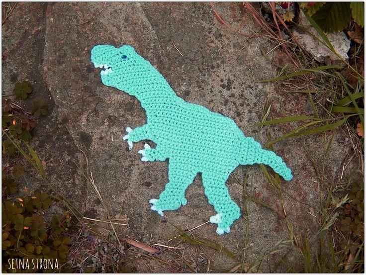 crochet dinosaur (allosaurus)