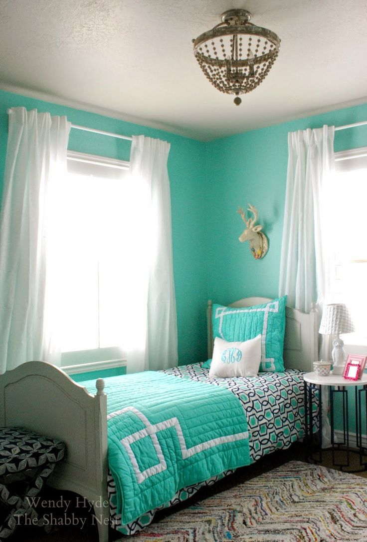 Blue and green bedroom - Fresh Aqueduct Sw 6758 Sets Just The Bright Tone In This Bedroom Decor Refresh