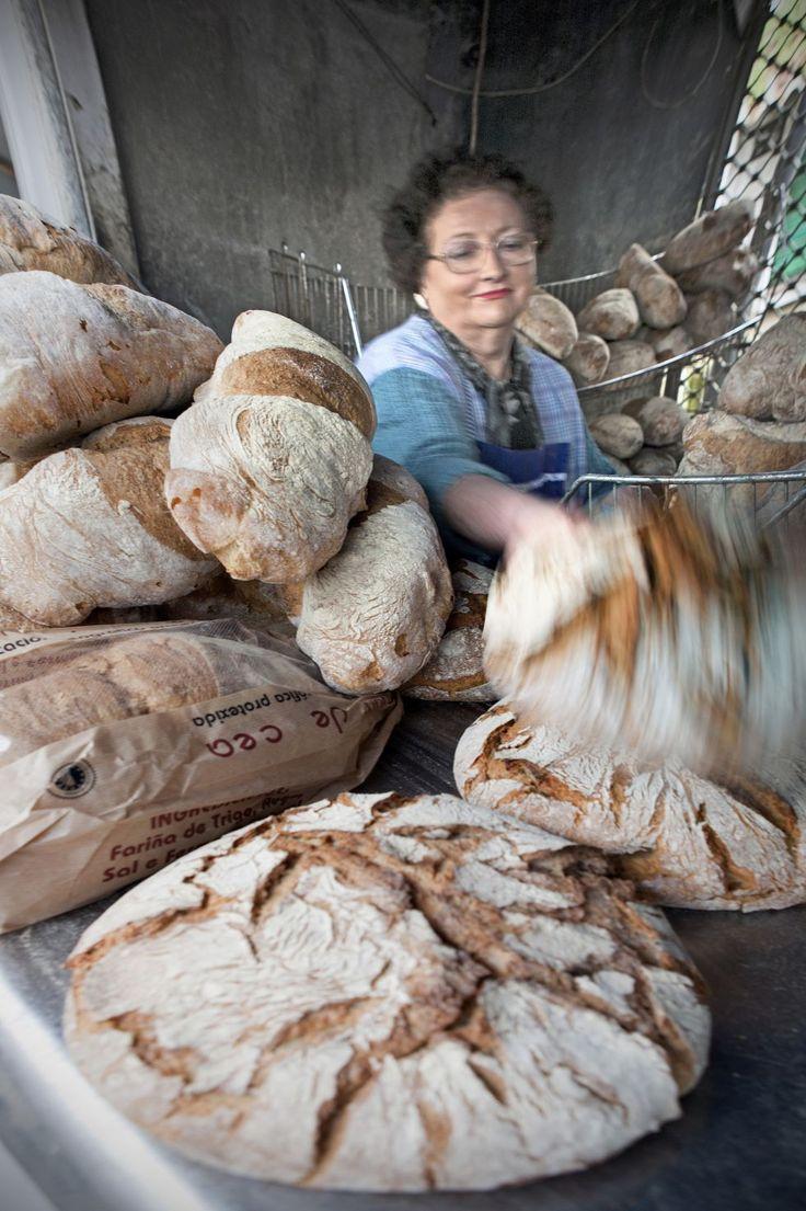Bread seller #Galicia