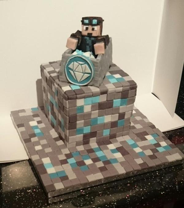 Dantdm minecraft cake