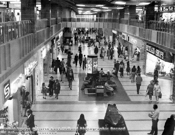 Broadmarsh Centre in the 1970s. Note the wooden frog.