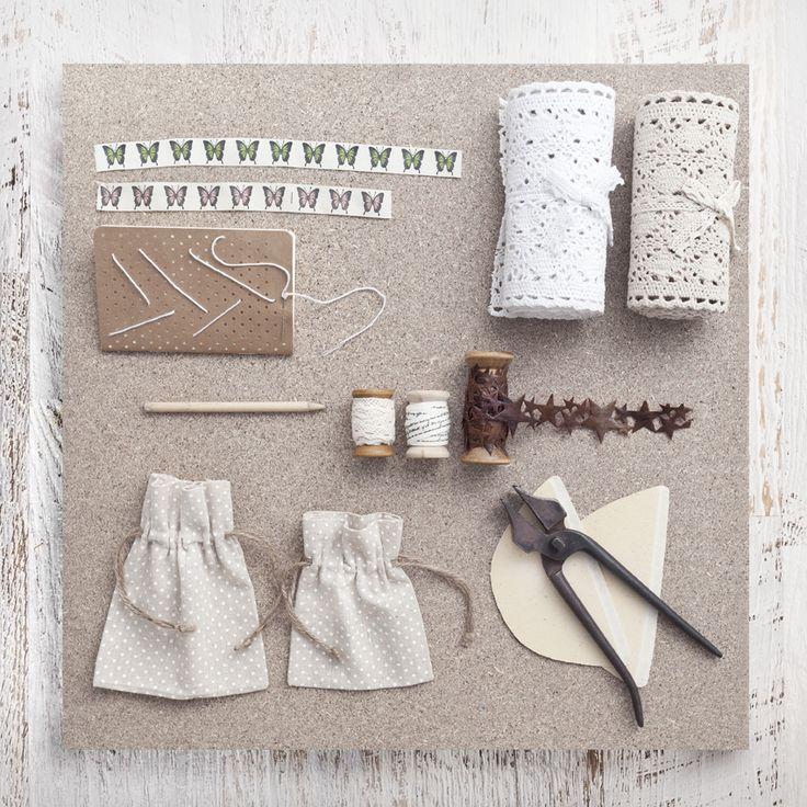 Detalles de papelería y manualidades de muy mucho para regalar o crear tus propios regalos. #muymucho #muymuchopormuypoco #regalos