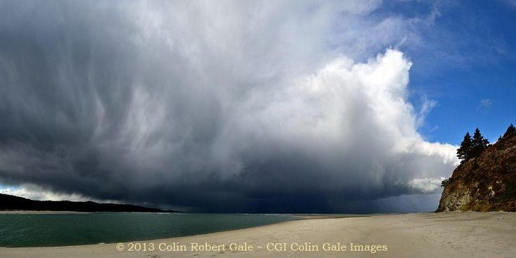 Storm Cloud touches down off Doctor Point, Dunedin NZ