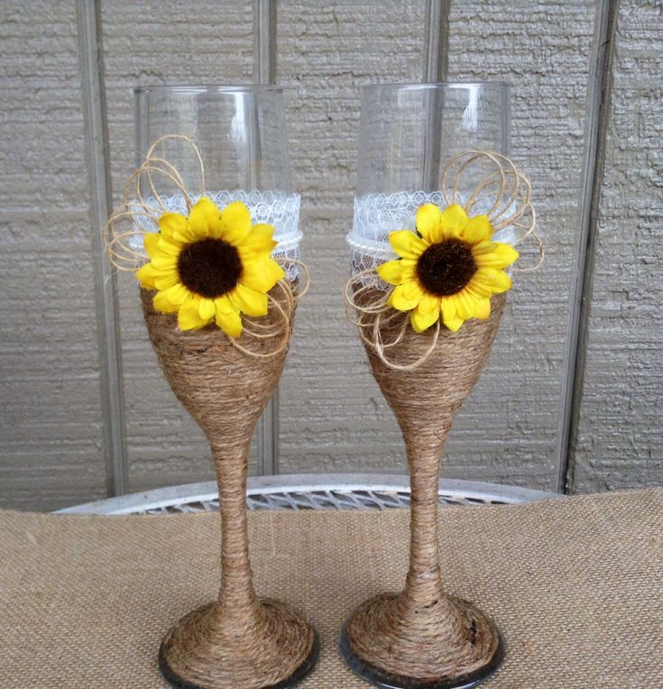 Sunflower Wedding Champagne Glasses / Rustic Wedding / Sunflower Wedding…