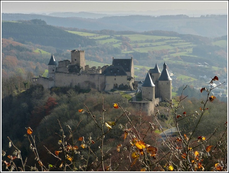 bourscheid black singles Transport yourself centuries back in time at chateau de vianden, a medieval fortress and palace dating back to the 14th century before you enter, notice the guard towers--one white and one.